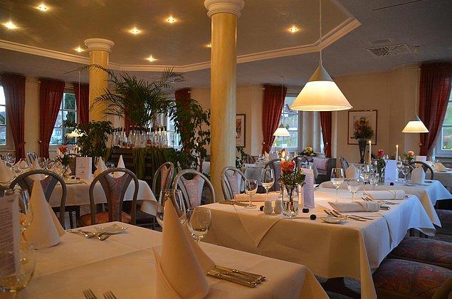 Restaurant zum Sonnenberg im Castell