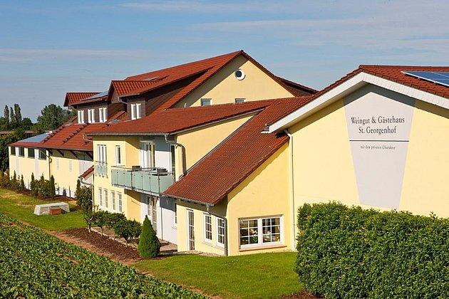 Weingut & Gästehaus St. Georgenhof