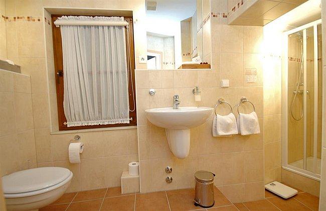 Badezimmer Zimmer 6